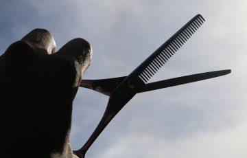 美容師のハサミ