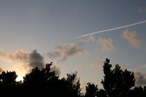 朝日が昇る写真