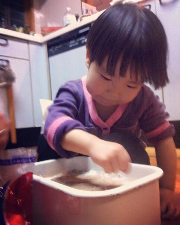 手前味噌作り塩蓋の様子