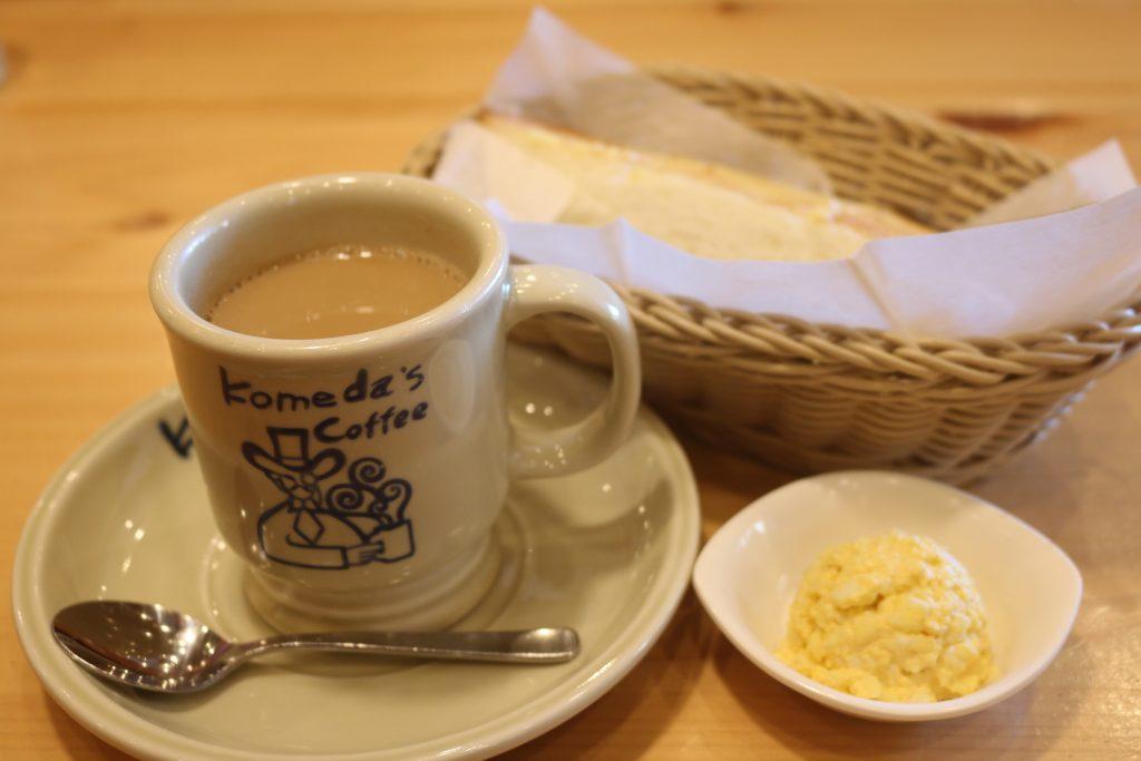 カフェオレと卵とトースト