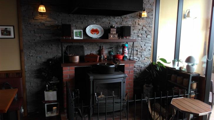 カフェの暖炉
