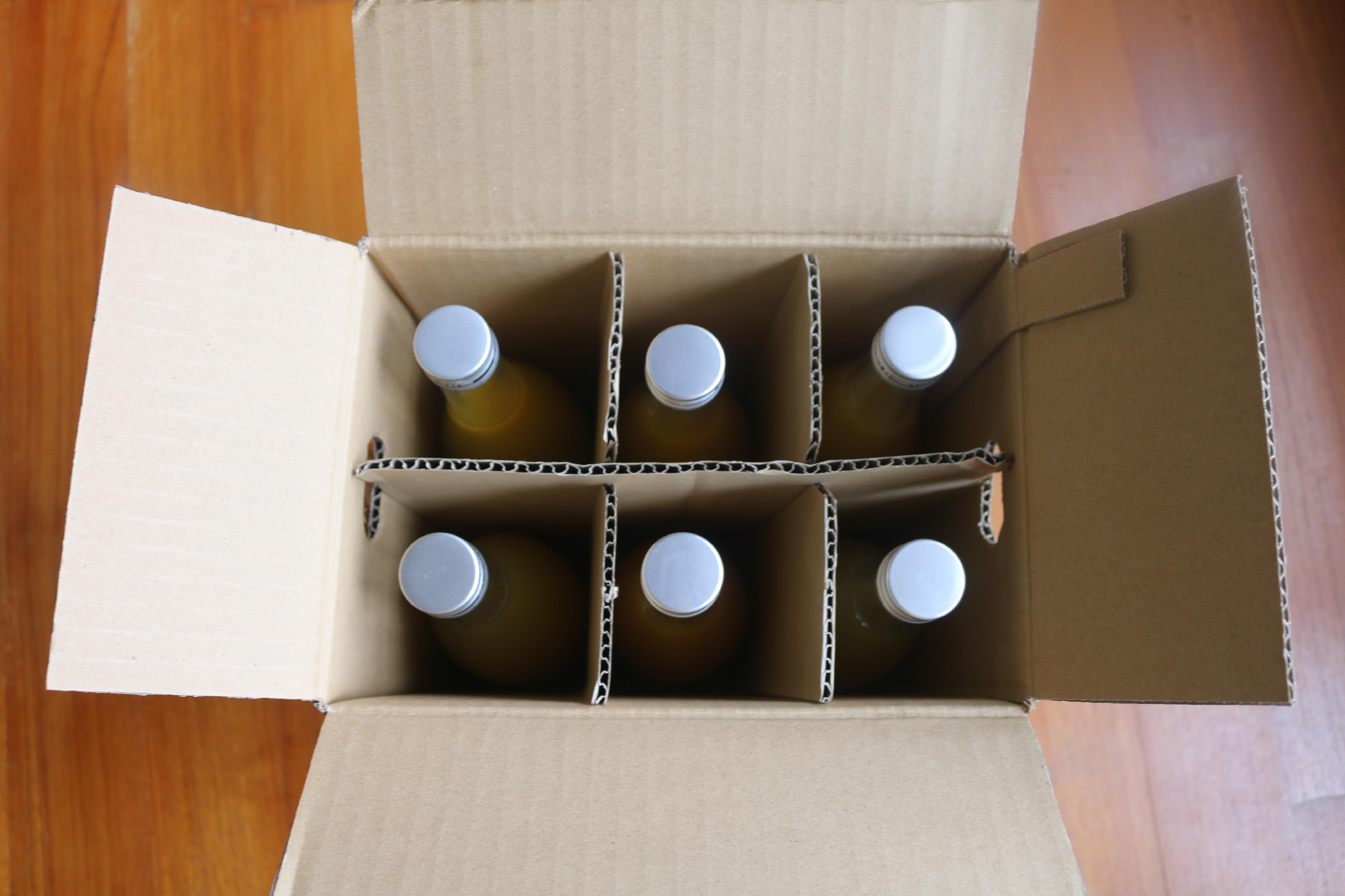 ジュースの瓶6本