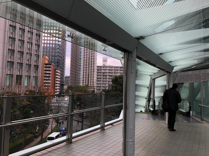大崎駅のエスカレーター